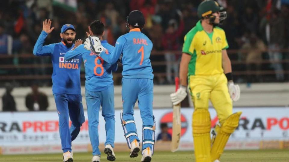 मैच के दौरान हुई इस बड़ी गलती के कारण कर्नाटक क्रिकेट ऐसोसिएशन पर लगा 50,000 का जुर्माना