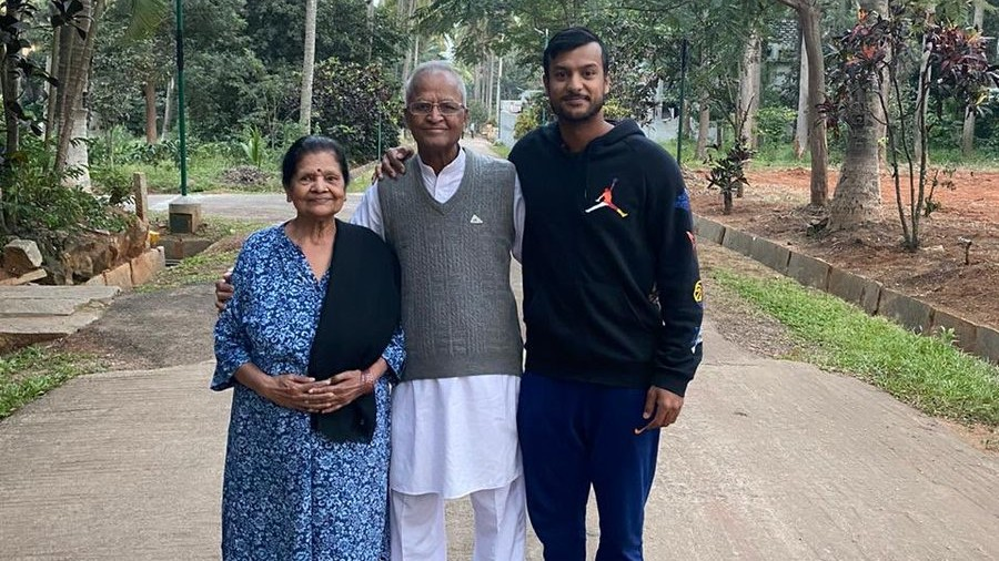 Mayank Agarwal's photos with his grandparents wins hearts on Twitter
