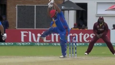 Watch: Mohammad Shahzad's funny imitation of MS Dhoni's helicopter shot