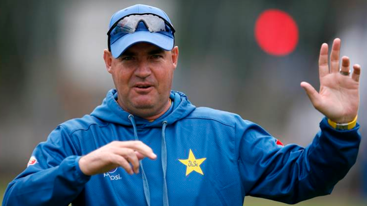 Mickey Arthur speaks on Kamran Akmal's Pakistan return