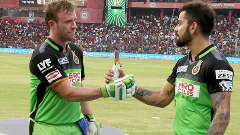 IPL 2018: Sanjay Manjrekar doesn't think Virat Kohli is as good as AB de Villiers in T20s