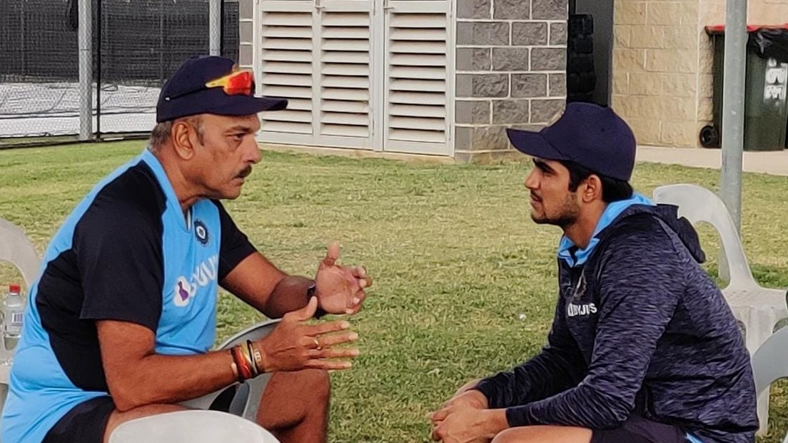 AUS v IND 2020-21: Ravi Shastri has a 'good conversation' with Shubman Gill ahead of ODIs