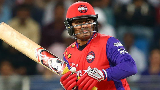 Watch: Virender Sehwag's bat echos 'Entertainment Entertainment Entertainment' once again