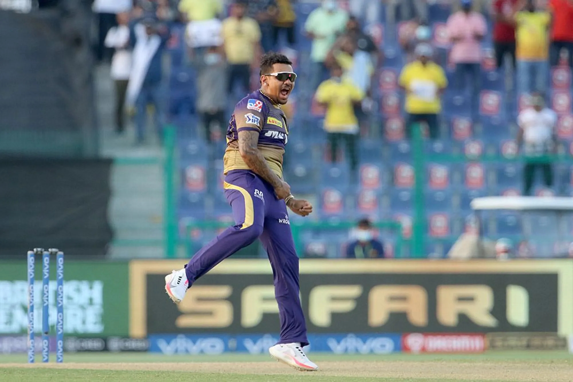 Narine picked 2 wickets in the final over while defending 4 runs  BCCI-IPL