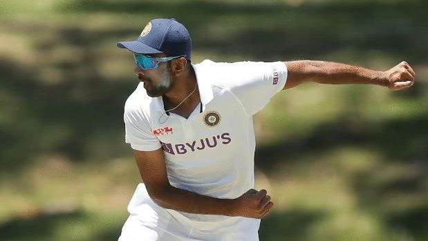 AUS v IND 2020-21: WATCH- R Ashwin bowls with his cap on during the practice match against Australia A