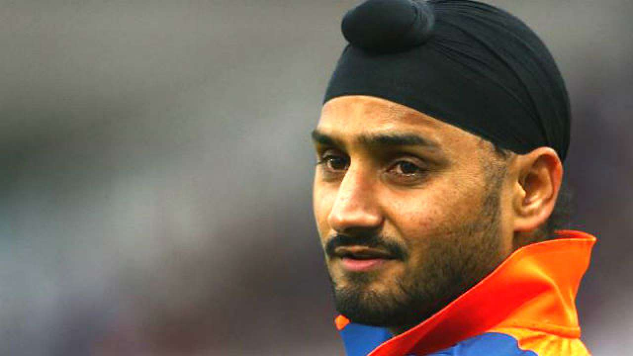 Harbhajan Singh reacts to news of Sikhs moving from Peshawar amidst atrocities committed on them