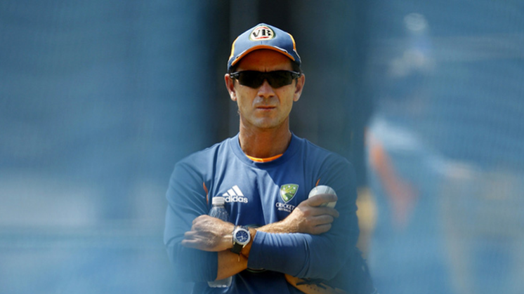 Justin Langer urges Australian team to behave well to earn respect and trust back