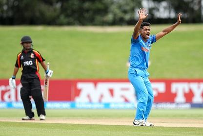 Shivam Mavi bowls against PNG U19 | Getty