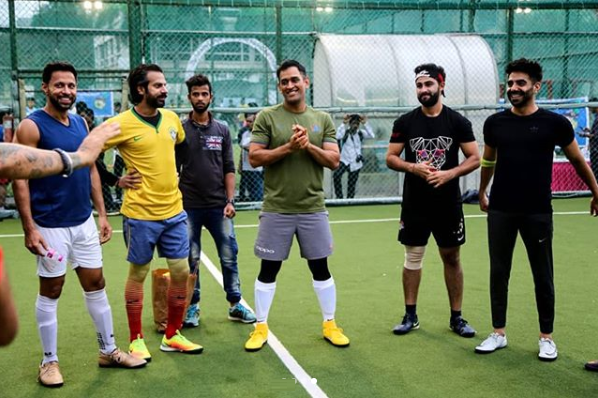 MS Dhoni gearing up for the football game | Instagram/@allstarsfc_pfh