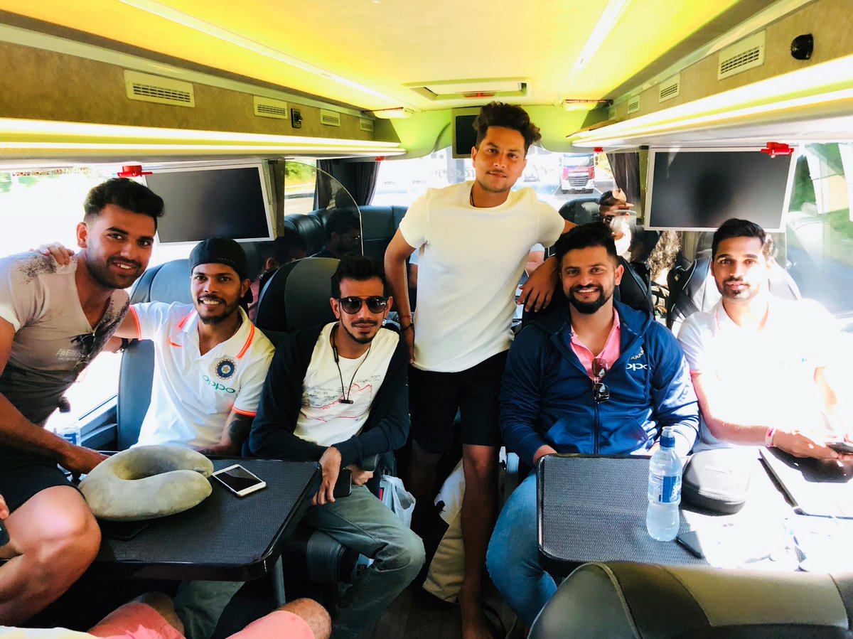 Suresh Raina and his teammates on their way to Cardiff | Twitter