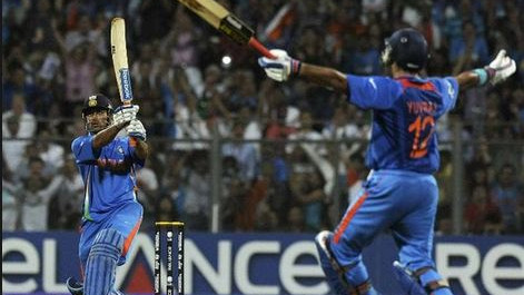 MS Dhoni talks about his decision to come ahead of Yuvraj Singh in 2011 World Cup