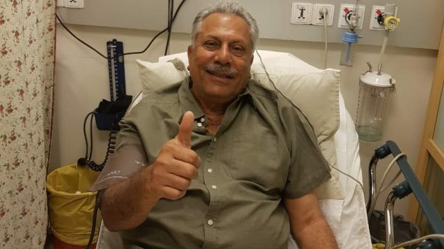 Zaheer Abbas thanked his well-wishers after successful heart surgery