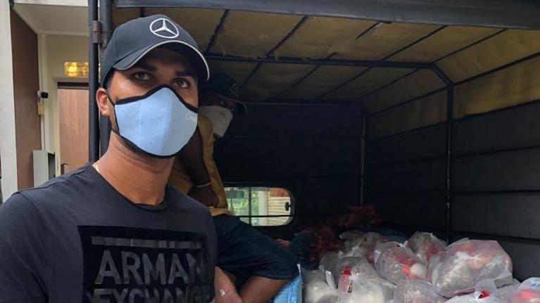 Dinesh Chandimal distributes ration to 60 needy families in Sri Lanka amid Coronavirus outbreak