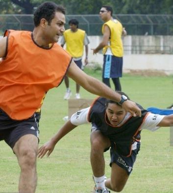 Virender Sehwag's dig at Parthiv Patel gets backfired