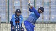 संजय मांजरेकर के अनुसार भारत को श्रीलंका में ऋषभ पंत को जरूर देना चाहिए मौका