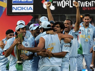 Robin Uthappa with the World T20 2007 trophy